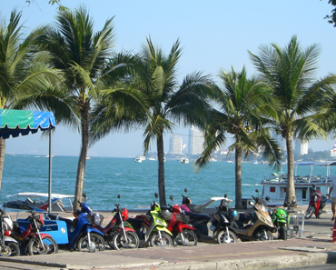 Pattaya beach road police